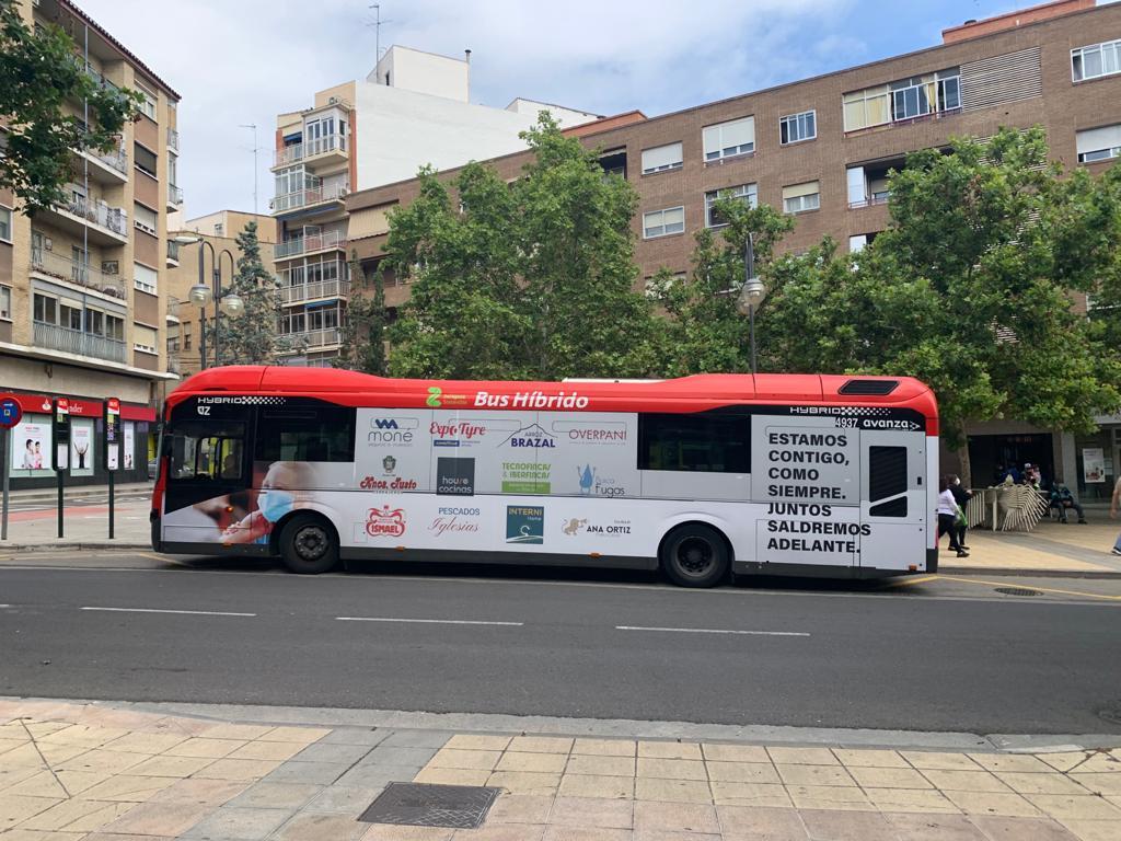Autobus Integral Zaragoza lateral conductor2